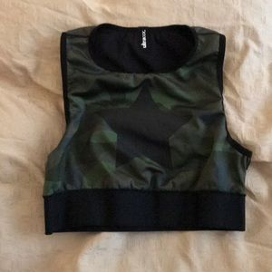 Ultracor level camo knockout top